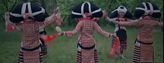 पूर्वजों के बालों से सजती है चीन की लड़कियां