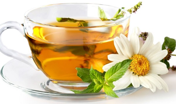 Benefits of drinking chamomile and mint