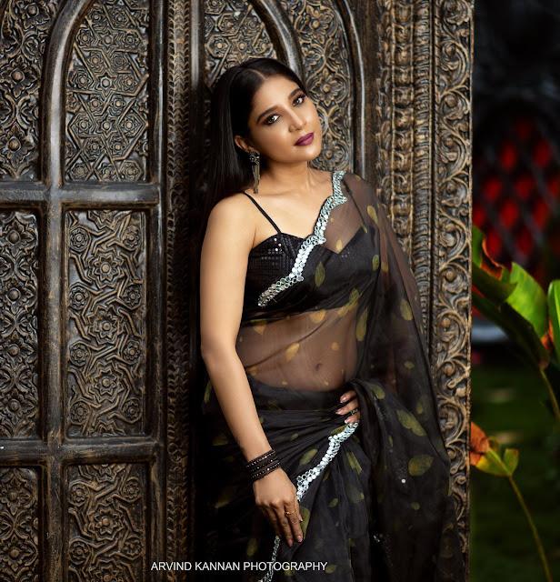 Kannada Actress Sakshi Agarwal New Hot Black Saree Pictures Actress Trend