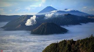 http://www.wisatabromorafting.com/2015/09/gunung-bromo.html