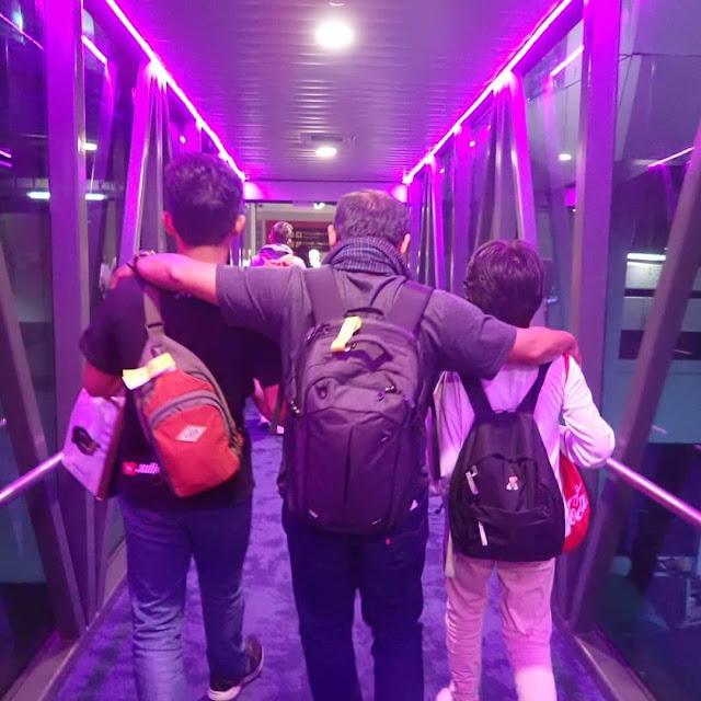 jalan-jalan ke thailand, transportasi golden bird, traveling sebelum ujian