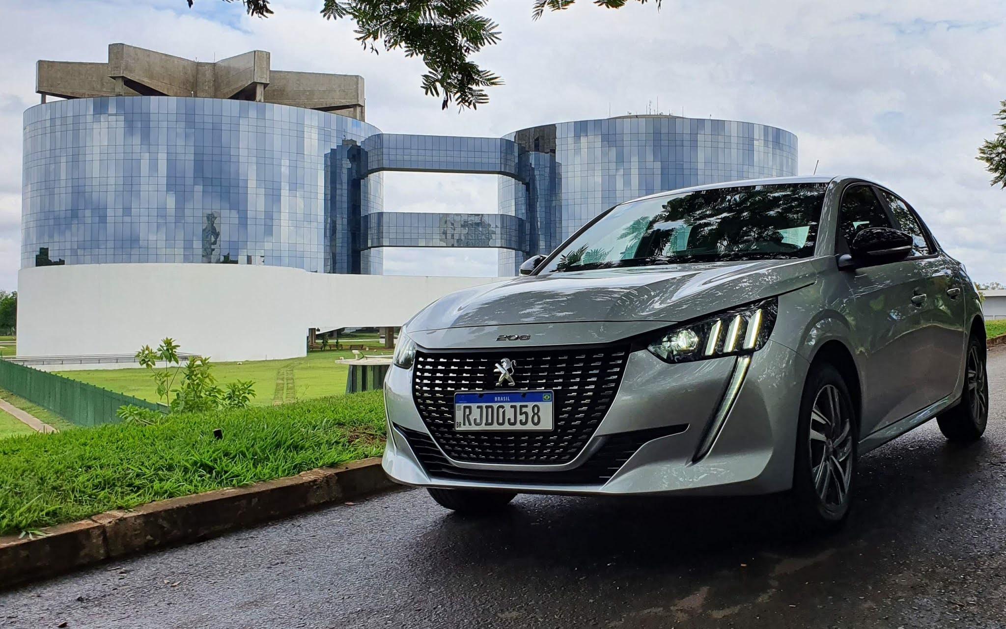 Novo Peugeot 208 - 3º carro mais vendido do Brasil - julho