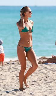 Selena Weber in Green Bikini 2016  05 celebs.in