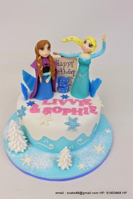 The Sensational Cakes Let It Go Edna Elsa Cake Singapore