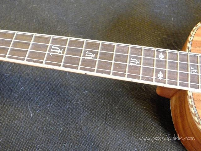 PSI-S-LEO II Tenor ukulele fingerboard