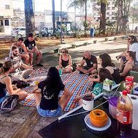 Foto do círculo de cultura do Leia Diversidades em Pedreira, organizado pelo Coletivo Rosa Branca.