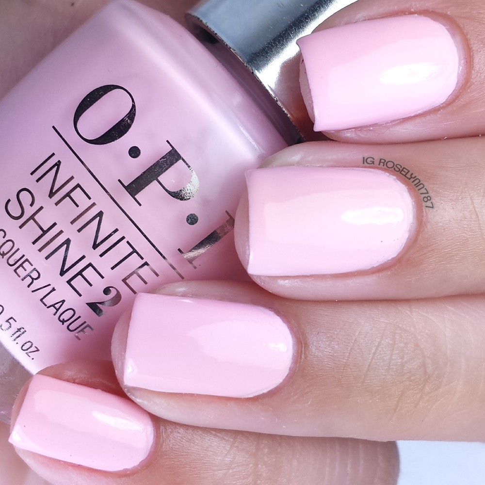 OPI Infinite Shine - Pretty Pink Perseveres