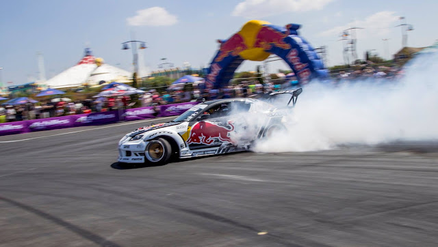 mad mike in South Africa  Super drift series r6