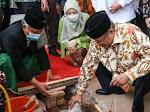 Anne Ratna Mustika Dampingi Said Aqil Siradj Lakukan Peletakan Batu Pertama Pembangunan Gedung PCNU