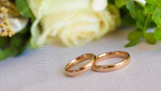 loja condenada casal alianca casamento direito