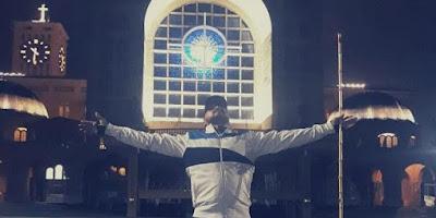 imagem de protestante no santuário de nossa senhora aparecida