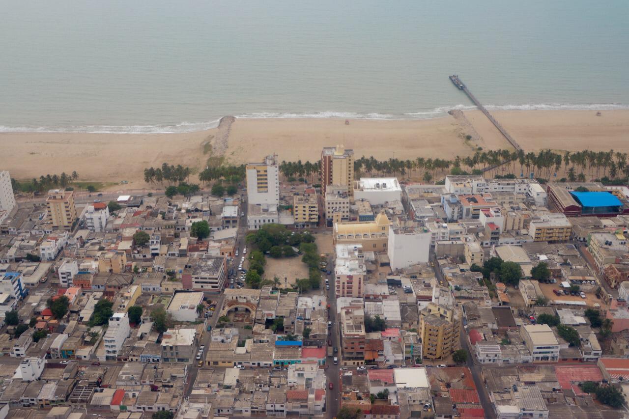 https://www.notasrosas.com/Por Covid-19: Toque De Queda en Riohacha desde este viernes 16, hasta el lunes 19 de abril de 2021