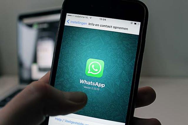 Tanda WhatsApp disadap