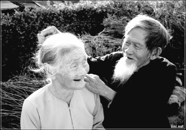 ảnh vợ chồng già đẹp