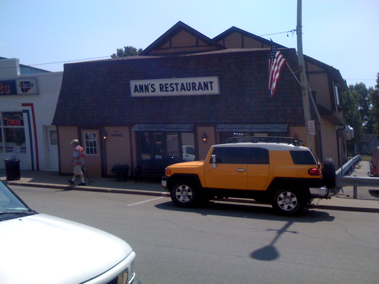 A Man And His Meal Ann S Restaurant Franklin Indiana