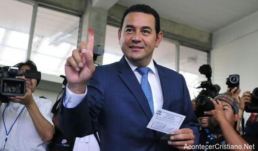 Evangélico Jimmy Morales presidente de Guatemala