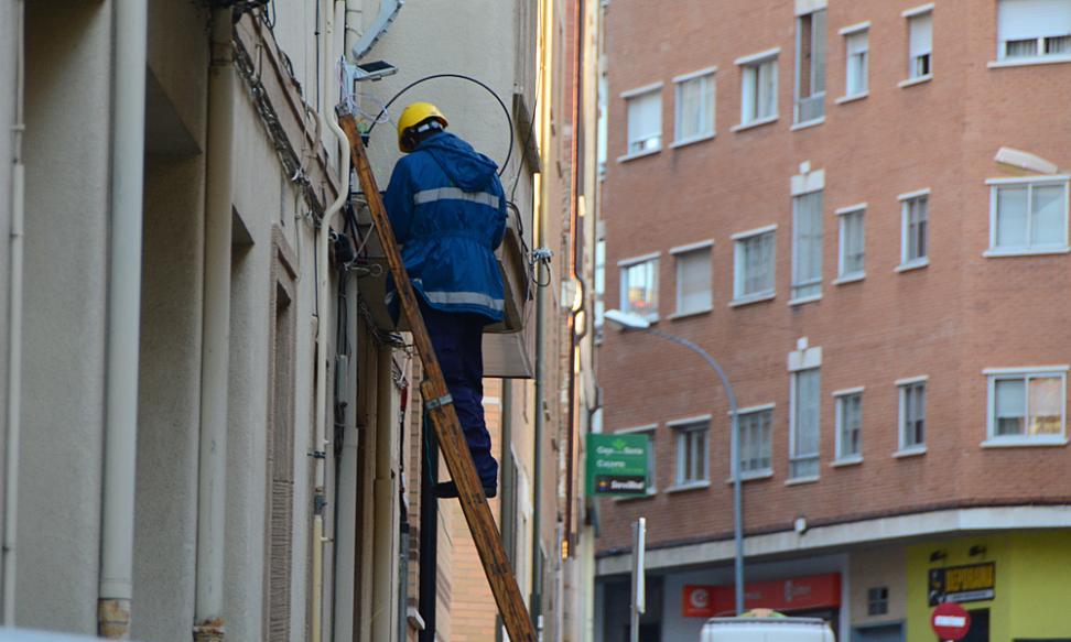 Instalación fibra operadores locales