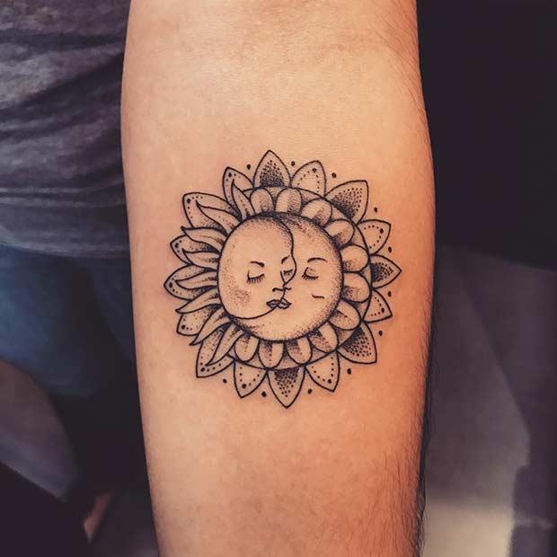 Vemos un tatuaje de sol y luna muy bonito