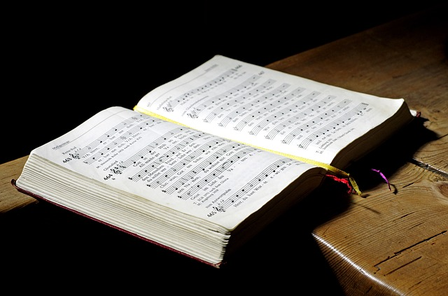 LiturgyTools net: Catholic hymnals used in English-speaking