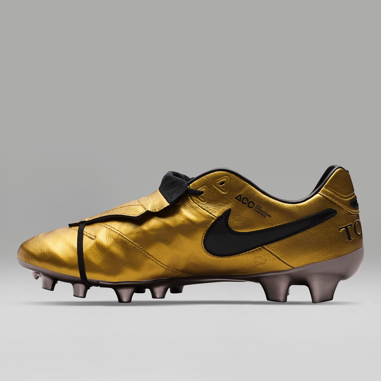 nike tiempo totti x roma signature boots released footy