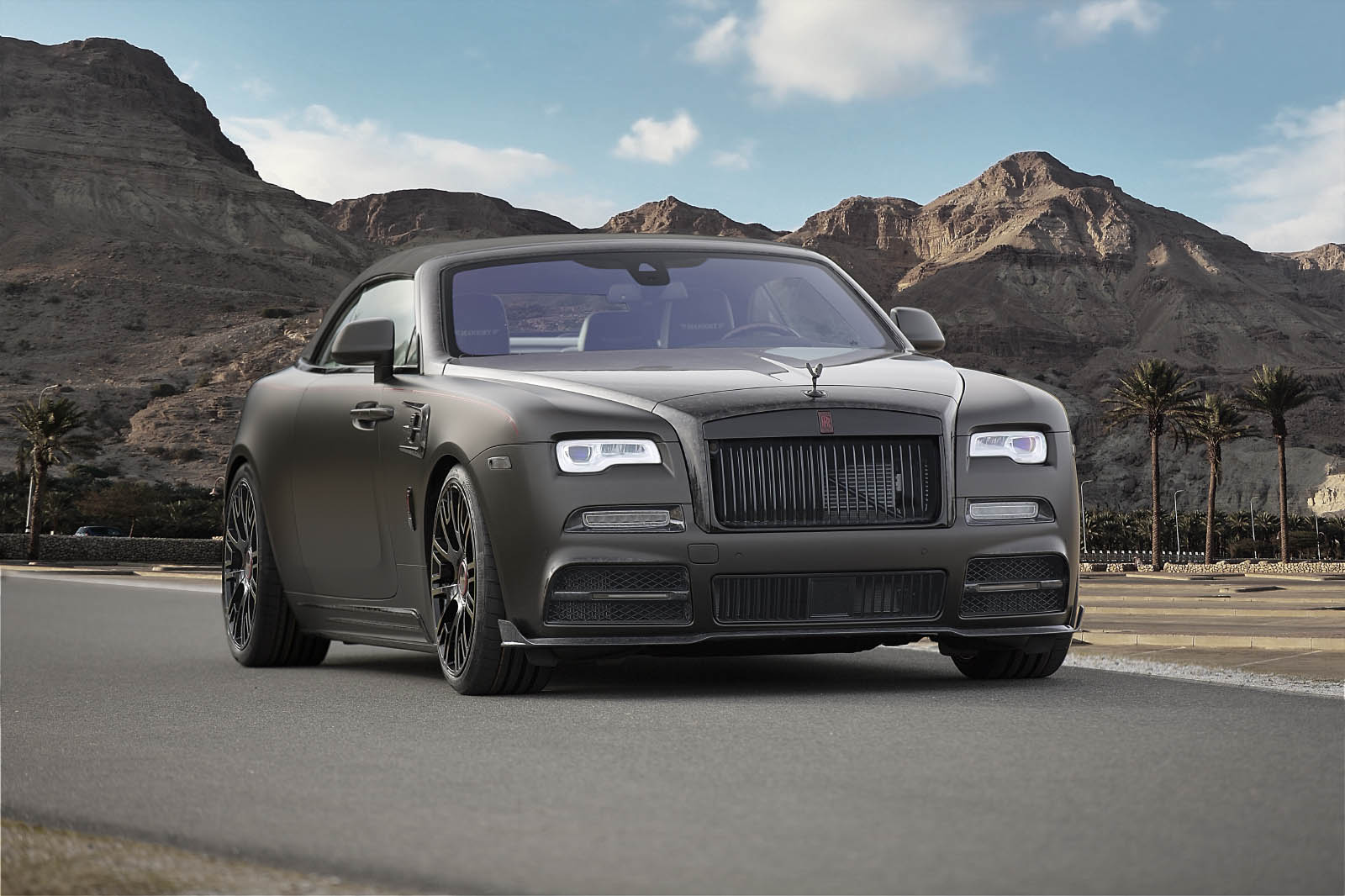 rolls royce dawn swaps elegance for sportiness in 740 hp mansory tune carscoops. Black Bedroom Furniture Sets. Home Design Ideas