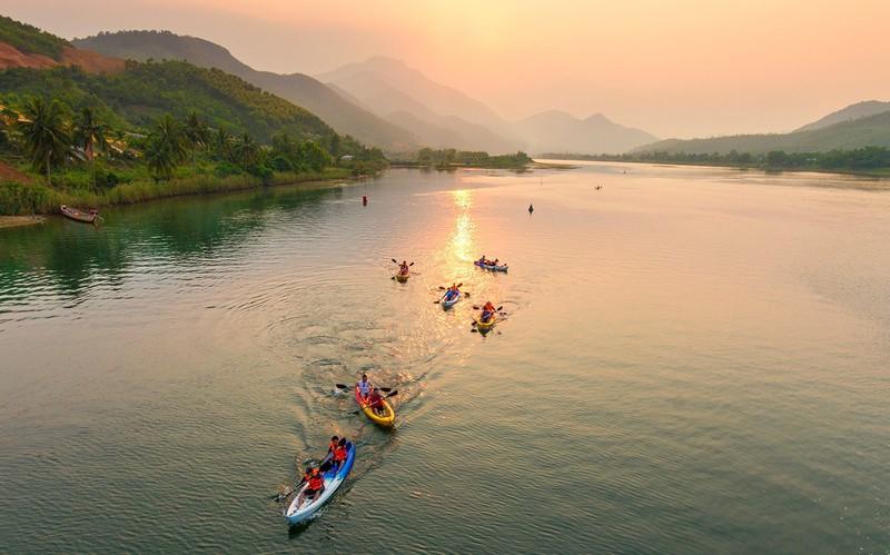 Địa điểm dã ngoại Đà Nẵng - Đồng Xanh - Đồng Nghệ