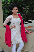 mannara chopra beautiful photos-thumbnail-4