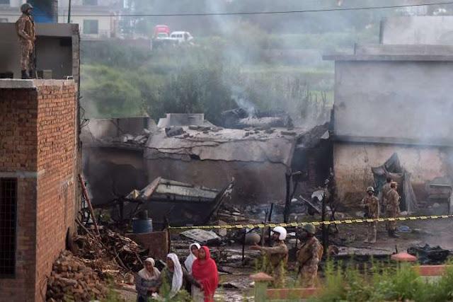 Pakistani Two Pilots Died in Plane Crash in Rawalpindi Bahria Town Phase 7