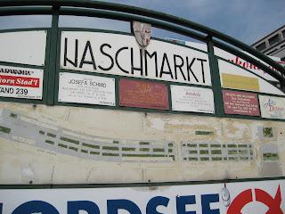 Naschmarkt entrance