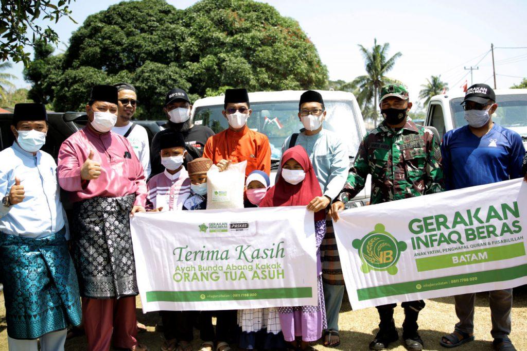 Setiap Bulan Gerakan Infaq Batam Distribusikan Lebih Dari 5 Ton Beras Untuk Anak Yatim Pulau