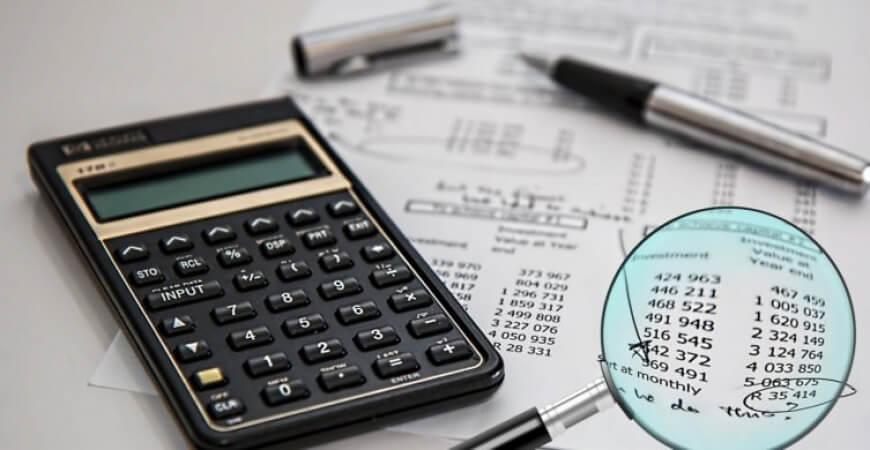 Confira os gastos dedutíveis no Imposto de Renda 2021, os limites de abatimento, onde declarar e qual código usar para cada despesa na declaração de IR