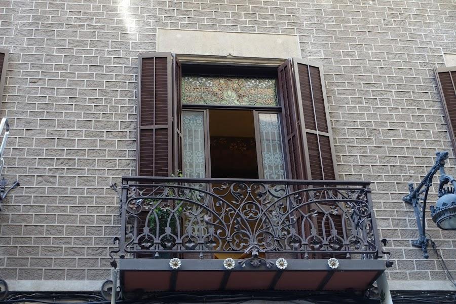 ヘンプミュージアム(Hash Marihuana Cáñamo & Hemp Museum Barcelona)=Palau Mornau