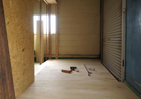 武蔵村山家具工房の床