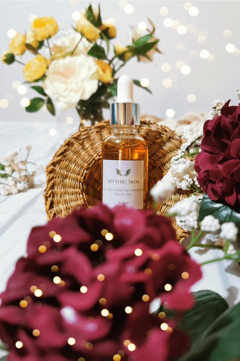 Mythic Skin - Odmładzający koktajl do twarzy, w pięknej buteleczce z płatkami Róży Damasceńskiej 🌹