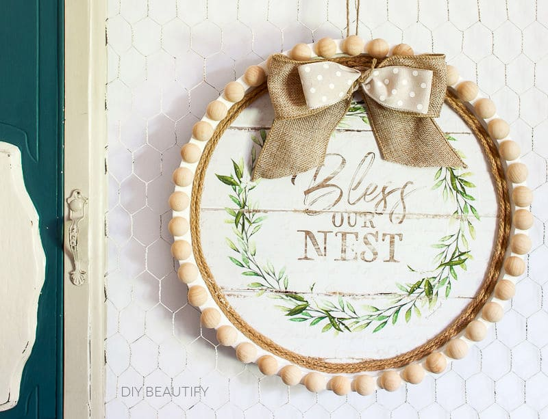 farmhouse wreath wall decor hanging on chicken wire