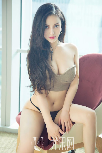 Hot and sexy photos of beautiful busty asian hottie chick Chinese booty model Mo Ni Ka photo highlights on Pinays Finest sexy nude photo collection site.