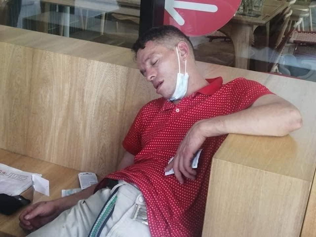 Un hombre se fue a robar a un negocio en El Poblado de Medellín y se quedó dormido