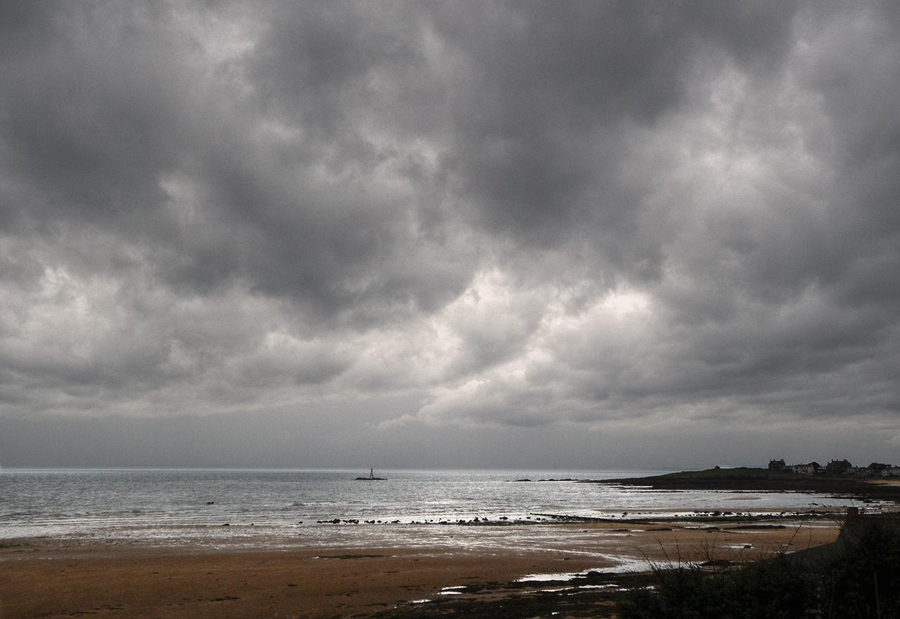 Mmmmm . overcast sky with rain forecast.