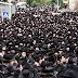 ΕΙΚΟΝΕΣ-ΣΟΚ σήμερα στη κηδεία του ραβίνου Soloveitchik στο Ισραήλ