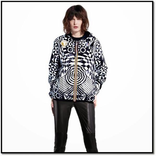 collab fashion K-way Versace imperméable coupe-vent graphique noir et blanc