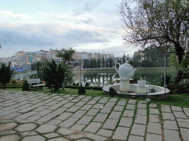 Fuentes en el Lago de Da Lat