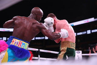 Highlights : Tevin Farmer KOs James Tennyson With Deadly Body Shot Retain Title