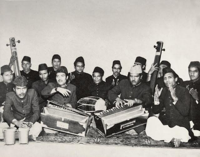 #Pakistan #Sabri Brothers #Qawwali #Sufi #Music #devotional #Islam #trance #poetry #harmonium #Ghulam Farid Sabri #Maqbool Sabri #singing #tabla #dholak #tanpura