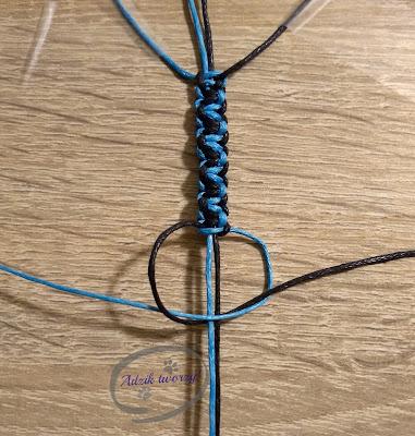 DIY makrama splot dwukolorowy