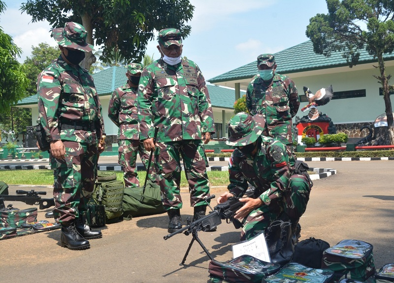 Pangdam III/ Siliwangi Periksa Kesiapan Satgas Yonif 312 Operasi Pamtas RI-PNG