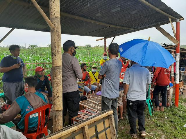 Langgar Prokes, Tiga Kegiatan Masyarakat Dibubarkan Satgas Covid-19 Kecamatan Kutasari