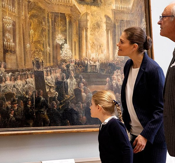 Crown Princess Victoria wore Gant Blazer and Trousers. Princess Estelle and Crown Princess Victoria visited National Museum