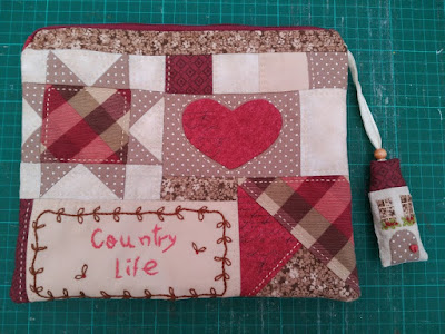estuche, etui, handbag, pouch, patchwork, aplique, country, totopatch, costura, couture, sewing