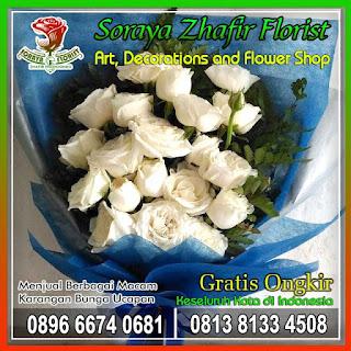 Bunga tangan hand bouquet
