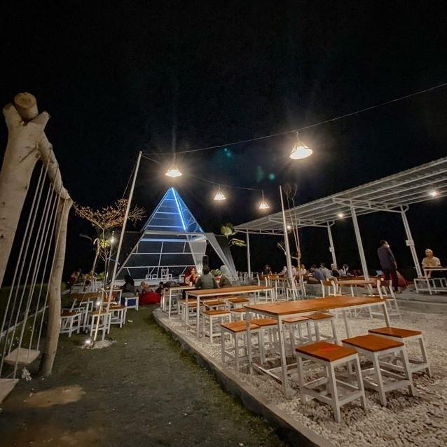 Cafe Tempat Nongkrong di Jogja Malam Hari Terbaru